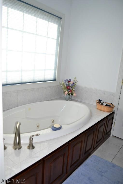 Jetted tub in master bath on first floor